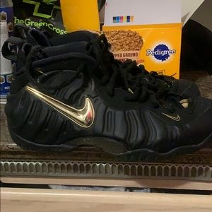 """""""Like brand new"""" Black and Gold Nike Foamposites"""